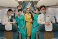 Vietnam Airlines: Từ lãnh đạo đến phi công, tiếp viên đều phải giảm nửa thu nhập