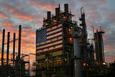 Giá xăng dầu hôm nay 16/9: Dầu tăng trở lại do nhu cầu được cải thiện