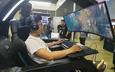 Ngoài kính thực tế ảo, thiết bị chơi game còn có cả màn hình cong siêu khổng lồ