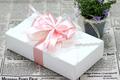 Gợi ý những cách thắt nơ hộp quà đơn giản mà đẹp dành tặng những người thân yêu
