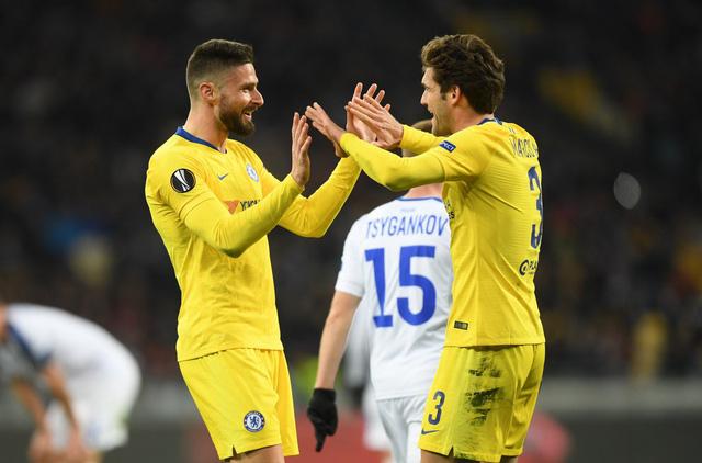 Giroud tỏa sáng hattrick, Alonso góp vui, Chelsea thắng dễ 5 bàn trên sân của Dynamo Kiev - Ảnh 2.