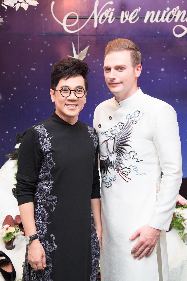 NSƯT Thành Lộc chạnh lòng trước việc Kyo York hát tiếng Việt rõ lời hơn nhiều ca sĩ trẻ - Ảnh 2.