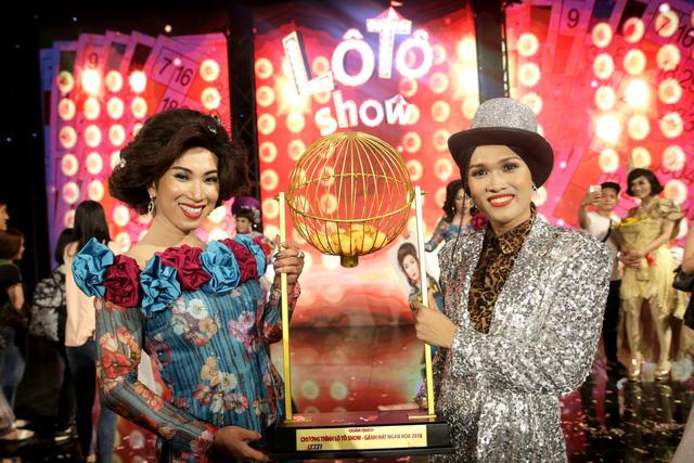 Thánh lô tô Lộ Lộ cùng đoàn Sài Gòn Tân Thời đăng quang quán quân Lô tô show 2018 - Ảnh 7.