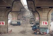 Cận cảnh hoạt động các điểm trông giữ xe dưới gầm cầu trước việc Bộ GTVT bác đề xuất của Hà Nội