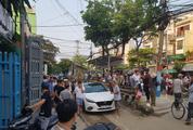 Đậu chắn đường tàu ray khiến ga Đà Nẵng dừng chạy tàu, tài xế ô tô bị phạt 4 triệu đồng