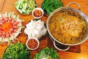 Tối nay ăn gì: Gợi ý cách nấu lẩu cua đồng chuẩn vị cho bữa tối cuối tuần