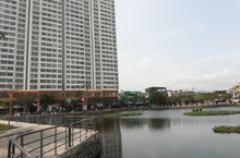 Cận cảnh hồ nước bẩn ở Đà Nẵng mà ông Dũng 'lò vôi' muốn làm sạch miễn phí để cá Koi tung tăng bơi lội