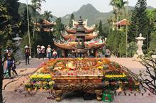 Những ngôi chùa linh thiêng ở Hà Nội để cầu an dịp đầu năm mới 2019