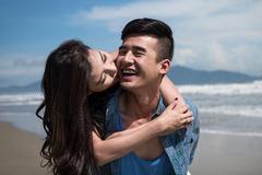 'Nụ hôn định mệnh' và chuyện yêu lén lút của Lương Thế Thành và Thuý Diễm
