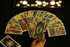 Tử vi hôm nay (12/3) qua lá bài Tarot: Sẵn sàng cho một công việc mới