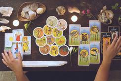 Tử vi hôm nay (08/3) qua lá bài Tarot: Ngập tràn tình yêu