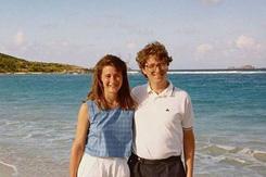Vợ Bill Gates: Muốn bình đẳng trong hôn nhân, phụ nữ phải làm ra tiền